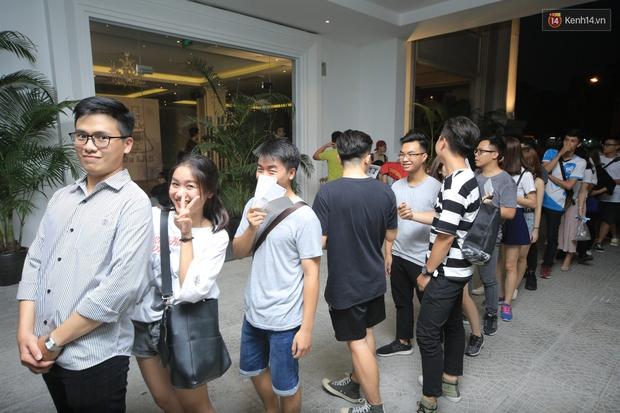 2.500 fan vỡ òa với show kỉ niệm 10 năm ca hát của Da LAB - Ảnh 1.