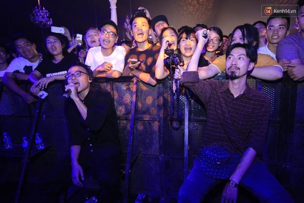 2.500 fan vỡ òa với show kỉ niệm 10 năm ca hát của Da LAB - Ảnh 12.