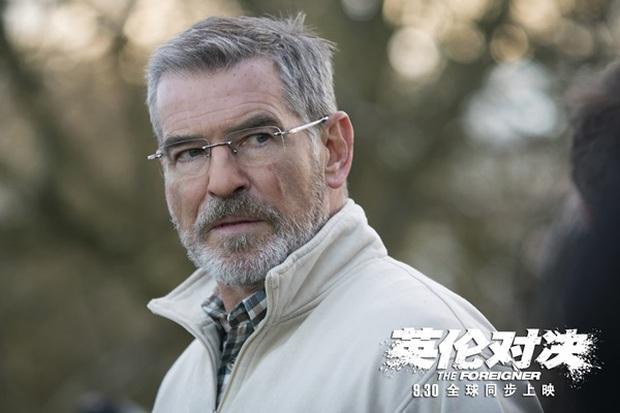 Vì đóng cảnh hành động, Thành Long phải nhập viện khi đang quay phim mới - Ảnh 8.