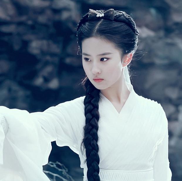 Lưu Diệc Phi tròn 30 tuổi: Hành trình nhan sắc đẹp hoàn hảo từ nhỏ tới lớn - Ảnh 9.