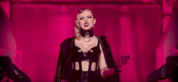 Bạn có để ý Taylor đã đá 3 cô này khỏi hội bạn thân trong MV Look What You Made Me Do? - Ảnh 3.