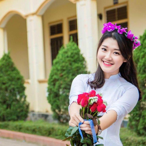 Nữ sinh Nghệ An xinh đẹp đạt 9.75 điểm môn Văn, được tuyển thẳng vào ĐH Sư phạm Hà Nội - Ảnh 4.