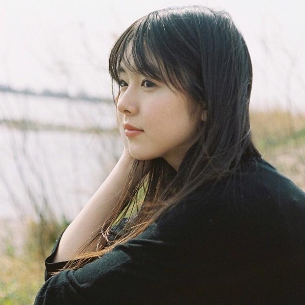 Từ công nhân, cô gái trẻ trở thành diễn viên triển vọng của Nhật Bản vì quá đẹp - Ảnh 7.