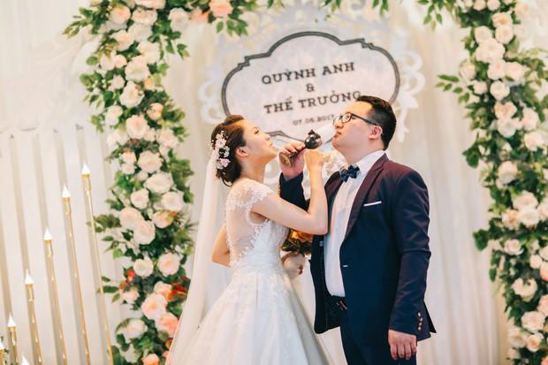 Độc nhất vô nhị: Chụp một lần, cặp đôi tái hiện được tất cả các kiểu lễ cưới Việt Nam trong 100 năm qua! - Ảnh 19.