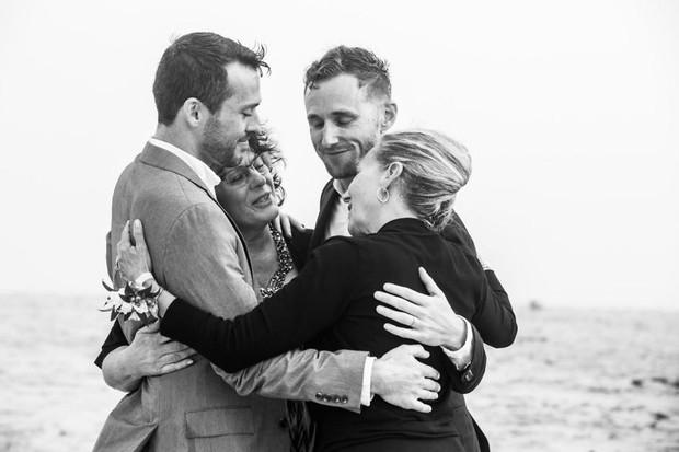 19 khoảnh khắc đám cưới đồng tính tuyệt đẹp khiến con người ta thêm niềm tin vào tình yêu - Ảnh 19.