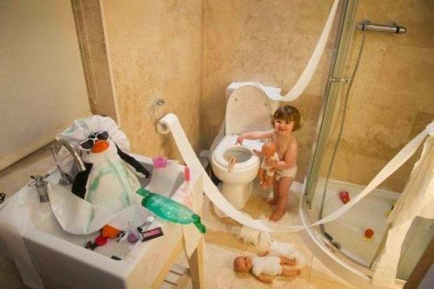 17 trò nghịch ngợm của những em bé siêu quậy khiến bố mẹ muốn tăng xông - Ảnh 19.