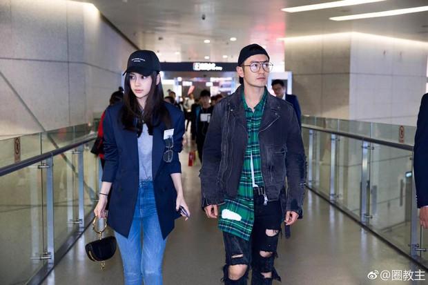 Sau scandal nhờ mang thai hộ, Angela Baby xuất hiện rạng rỡ, khoe đôi chân dài thẳng tắp tại sân bay - Ảnh 11.
