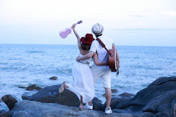 9X xinh đẹp như ca sĩ Bích Phương khoe giọng hát ngọt ngào trong lễ cưới của chính mình - Ảnh 6.