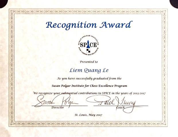 Kỳ thủ Lê Quang Liêm tốt nghiệp loại xuất sắc Đại học Mỹ - Ảnh 2.