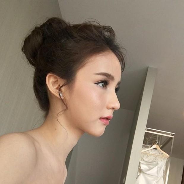 Hot girl được ví đẹp hơn Nong Poy vừa trở thành Hoa hậu chuyển giới Thái Lan 2017 - Ảnh 13.
