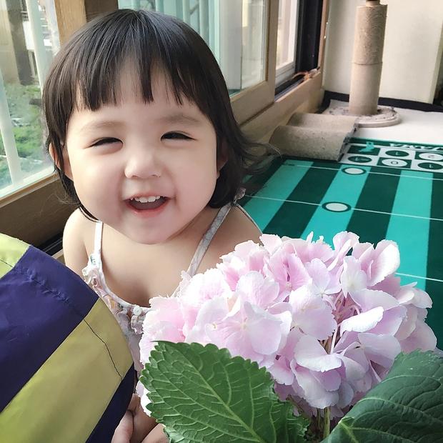 Cô nhóc Hàn Quốc dễ thương như thiên thần, ngắm ảnh chỉ muốn có con gái luôn thôi - Ảnh 4.