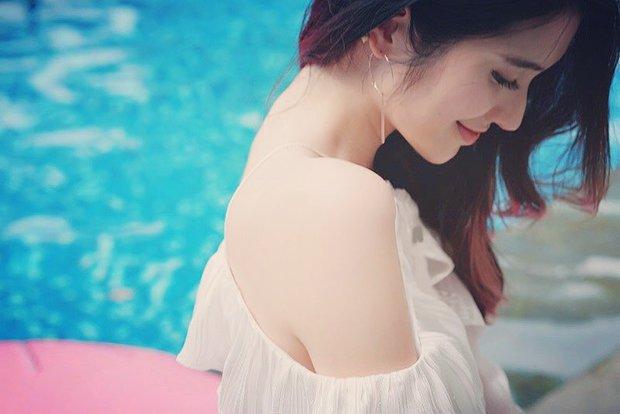 Cô bạn Đài Loan gây bão vì góc nghiêng thần thánh đẹp đến nao lòng - Ảnh 2.