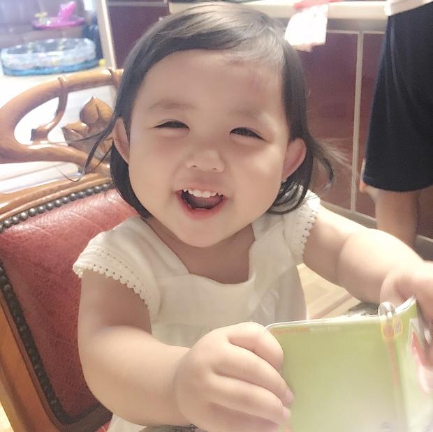 Cô nhóc Hàn Quốc dễ thương như thiên thần, ngắm ảnh chỉ muốn có con gái luôn thôi - Ảnh 8.