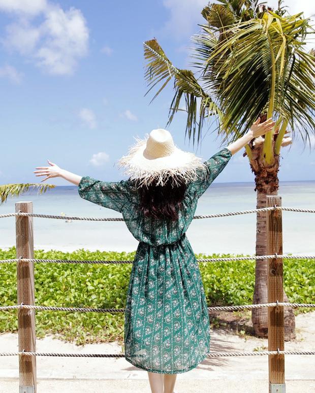 5 món phụ kiện hot trend các cô nàng không thể quên mang theo khi đi du lịch - Ảnh 4.