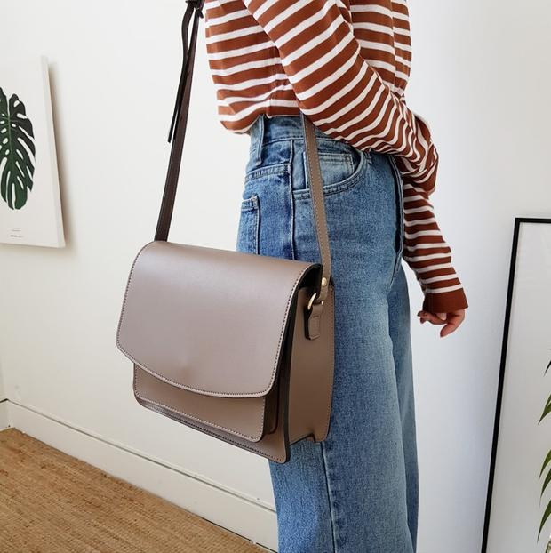 Ai bảo túi đi học không thể trendy? Đây là 5 kiểu túi cực xinh và chất mà các nàng có thể diện đến trường - Ảnh 3.