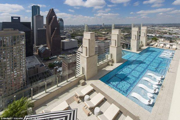 Bể bơi trên trời dành cho những người không sợ độ cao - Ảnh 4.