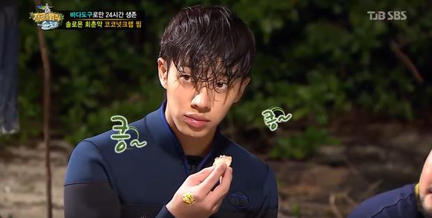 Mỹ nam Hàn Quốc khoe mặt mộc vô tư trên các show truyền hình! - Ảnh 9.