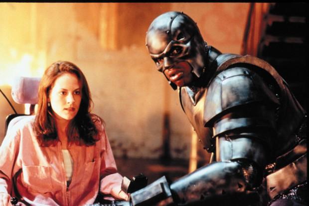 """9 tựa phim siêu anh hùng bị Hollywood """"phá"""" cho thảm hại - Ảnh 2."""