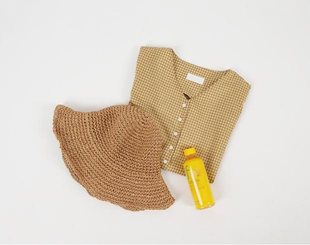 Đi học cũng nên diện đồ thật xinh, và đây là 5 kiểu áo sơmi xinh nức nở cho các nàng mùa Back To School - Ảnh 7.