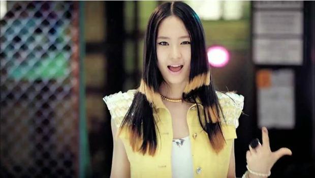 Chắc vì chọc giận stylist tóc nên nhiều sao Hàn mới phải ăn quả đắng thế này - Ảnh 1.