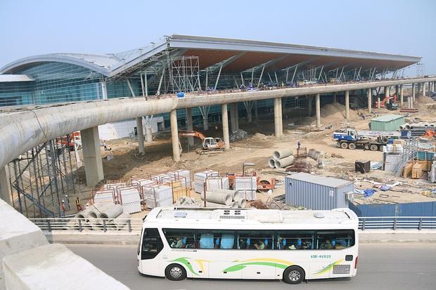 Cận cảnh nhà ga hành khách quốc tế hơn 3.500 tỷ đồng sắp hoàn thành ở Đà Nẵng - Ảnh 12.