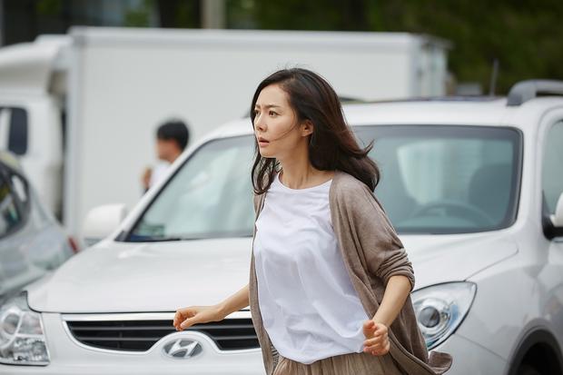 Phim Hàn tháng 8: Lee Jong Suk, Park Seo Joon và Kang Ha Neul đổ bộ! - Ảnh 20.