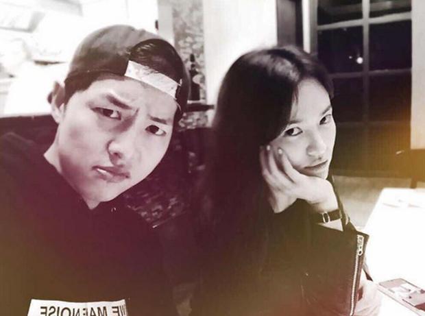 Song Joong Ki và Song Hye Kyo: Có duyên đến nỗi quá nhiều lần tình cờ đụng độ nhau - Ảnh 5.