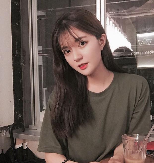 Cô bạn Hàn Quốc này mà sang Việt Nam, kiểu gì bạn cũng nhận nhầm là Tú Linh M.U đấy - Ảnh 3.