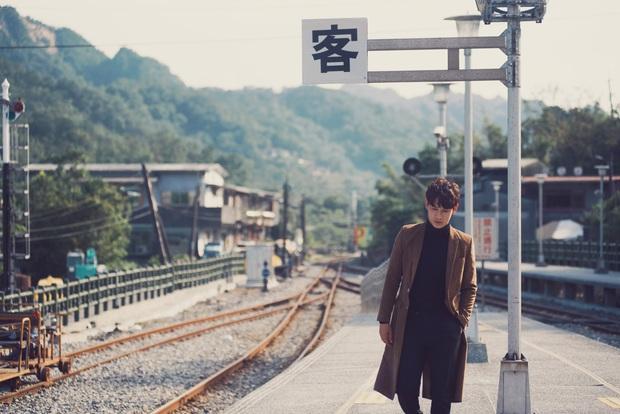 Trương Mỹ Nhân khóc nức nở trong teaser MV của Song Luân gây tò mò - Ảnh 10.