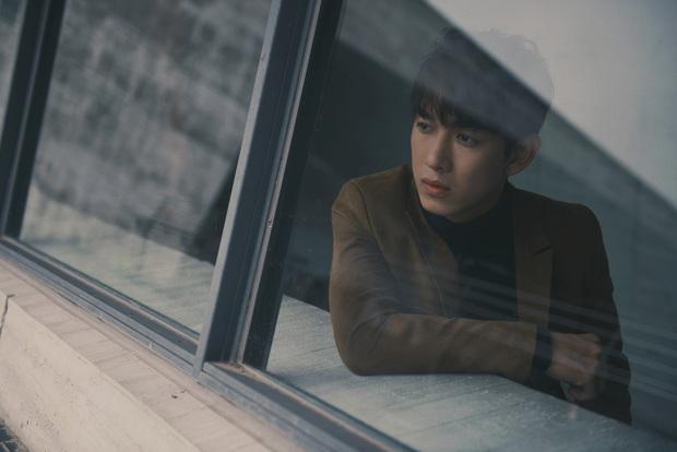 Trương Mỹ Nhân khóc nức nở trong teaser MV của Song Luân gây tò mò - Ảnh 9.