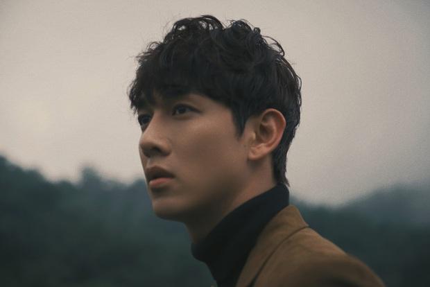 Trương Mỹ Nhân khóc nức nở trong teaser MV của Song Luân gây tò mò - Ảnh 7.