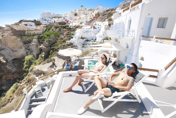 Santorini - Hòn đảo đẹp như thiên đường mà bạn nhất định phải dành tiền để đến một lần trong đời - Ảnh 2.