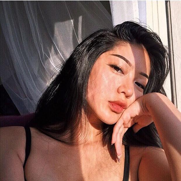 Cô bạn gốc Việt ở Thụy Điển mới 16 tuổi đã sexy khó cưỡng! - Ảnh 4.