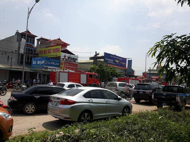 Hà Nội: Cháy kinh hoàng tại xưởng sản xuất bánh kẹo, 8 người tử vong - Ảnh 14.