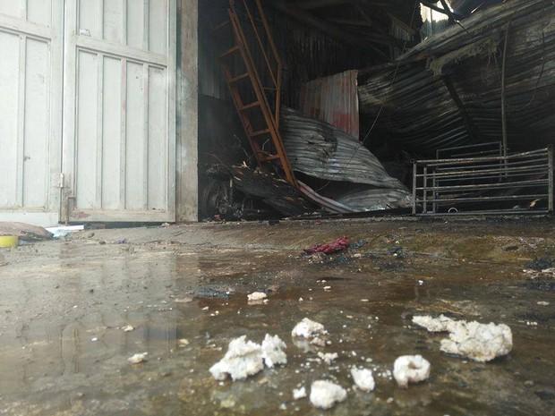 Hà Nội: Cháy kinh hoàng tại xưởng sản xuất bánh kẹo, 8 người tử vong - Ảnh 7.