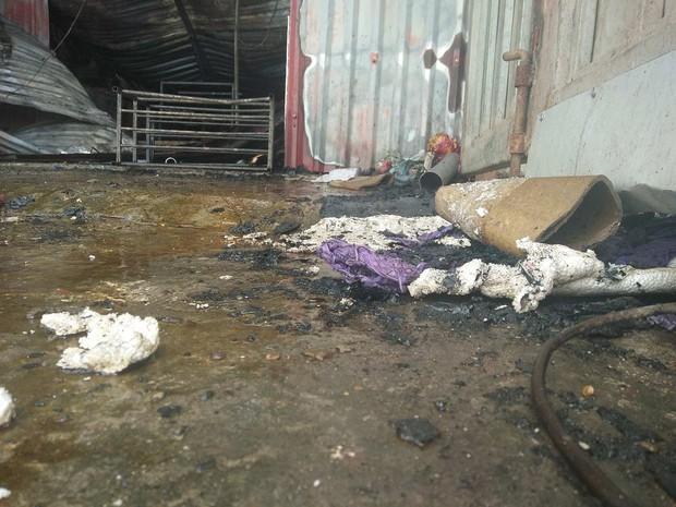 Hà Nội: Cháy kinh hoàng tại xưởng sản xuất bánh kẹo, 8 người tử vong - Ảnh 8.