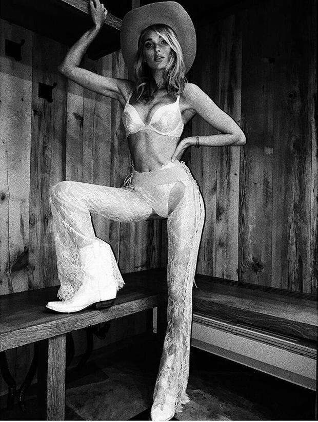 Hậu trường siêu gợi cảm của dàn mỹ nhân Victorias Secret chứng minh: Thiên thần là có thật! - Ảnh 9.