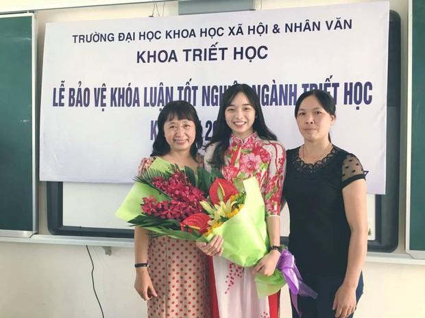 Nữ sinh Hà Nội tốt nghiệp xuất sắc khoa Triết học với khóa luận 10 điểm - Ảnh 4.