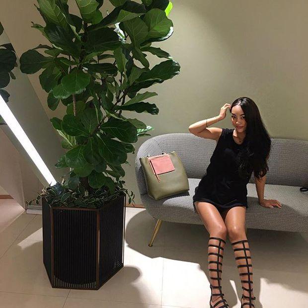 Việt Nam có Minh Tú, Hàn Quốc lại có người mẫu Kim Shony sở hữu body hot chẳng kém cạnh! - Ảnh 16.