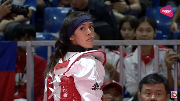 Vẻ đẹp lai của hot girl Taekwondo Campuchia gây sốt tại SEA Games 29 - Ảnh 1.