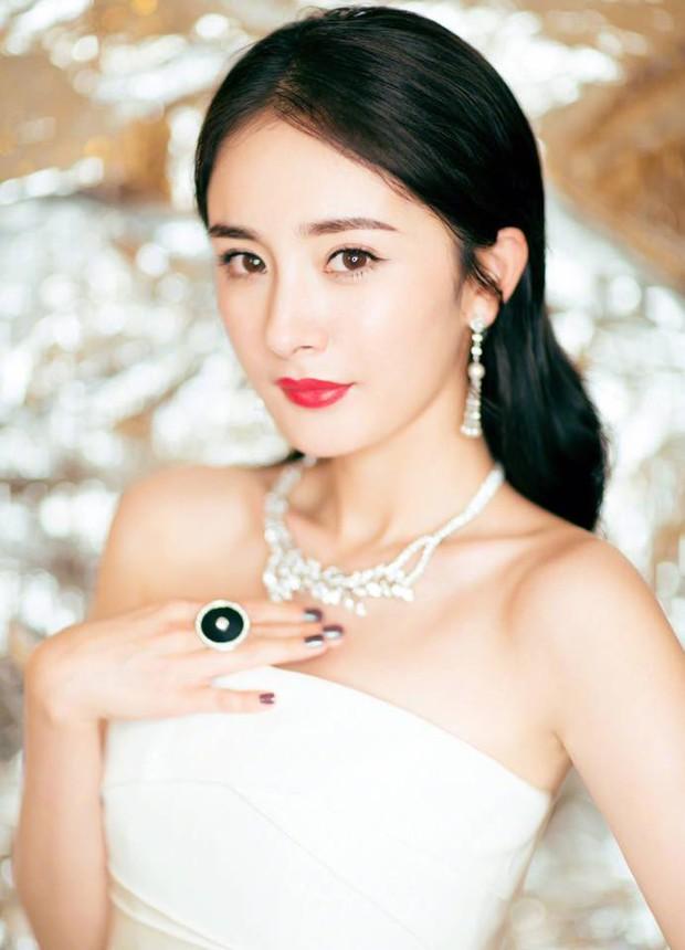 Đẳng cấp quyền lực của Phạm Băng Băng: 5 năm liên tiếp đứng đầu danh sách người nổi tiếng Trung Quốc do Forbes bầu chọn - Ảnh 3.