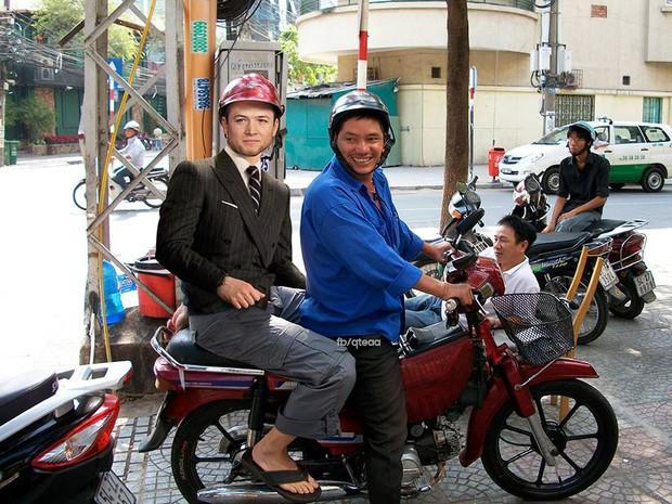 Ảnh vui: Dàn sao Kingsman 2 đến Việt Nam vừa làm nhiệm vụ, vừa xơi bún riêu, đi chơi sông nước - Ảnh 8.
