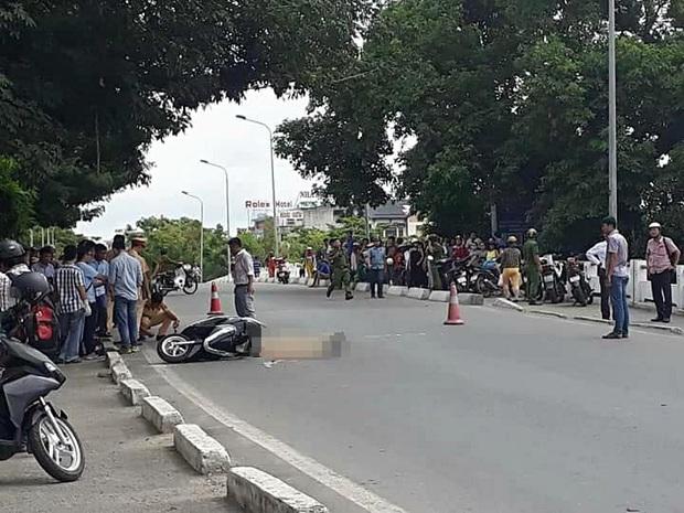 Ngã xuống đường sau va chạm với xích lô, cô gái trẻ bị ô tô tông tử vong - Ảnh 2.