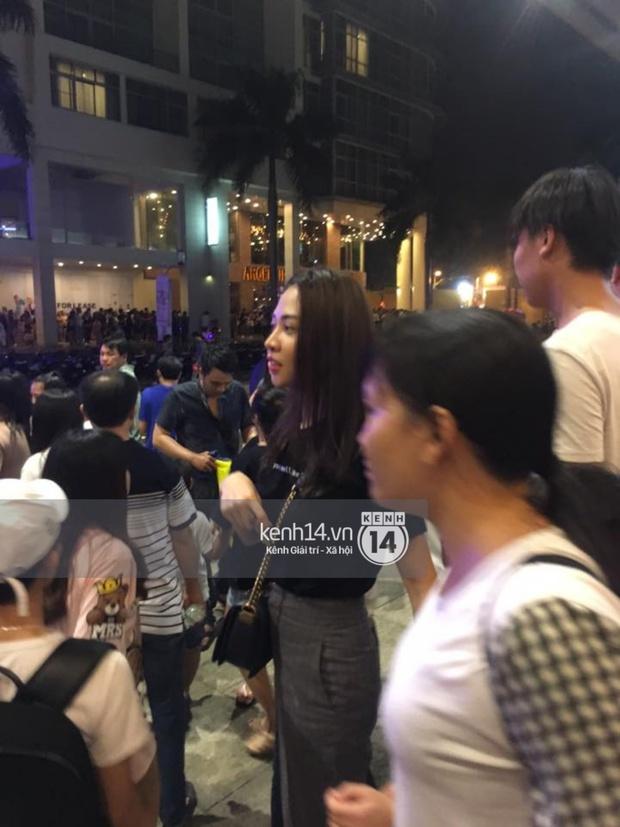 Bắt gặp Đàm Thu Trang đưa Subeo đi chơi Trung Thu hậu đính hôn với Cường Đô La - Ảnh 3.