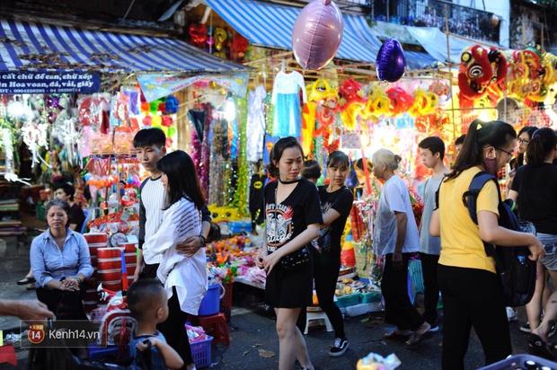 Trung thu vẫn như mọi khi, Hà Nội vui nhất Hàng Mã, Sài Gòn đông nhất phố người Hoa! - Ảnh 8.