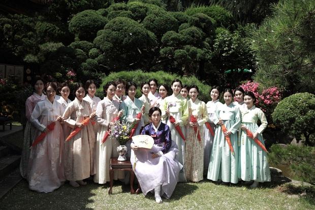 6 phim Hàn hiếm hoi sở hữu dàn sao nữ đẹp đến lặng người - Ảnh 15.