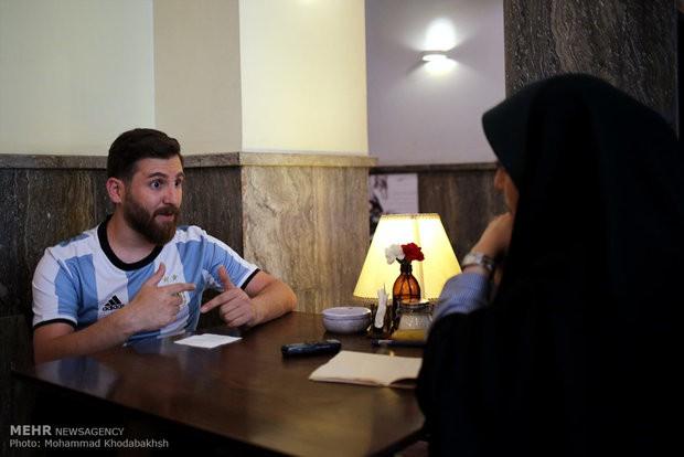 Xuất hiện bản sao giống hệt Messi từ râu đến tóc - Ảnh 3.