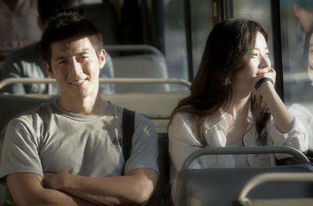 Lãng mạn nhất Facebook hôm nay: Chuyện đi xe bus cũng kiếm được người yêu của nữ sinh Hàn Quốc - Ảnh 2.