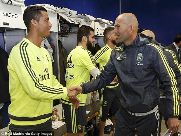 Zinedine Zidane, người được Chúa chọn để… chiến thắng - Ảnh 1.