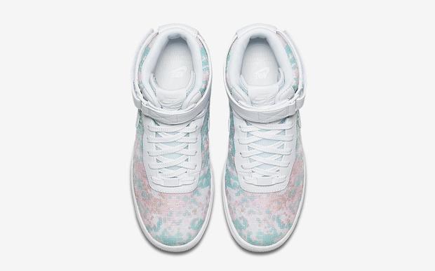 Nike vừa ra mắt sneaker Lọ Lem lóng lánh, chắc chắn con gái sẽ chẳng còn muốn đi giày cao gót nữa - Ảnh 3.